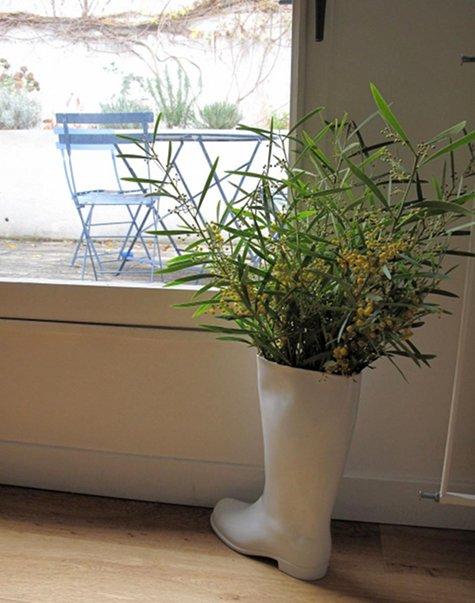 boot flower pot